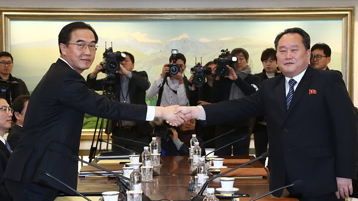 Koreas agree military talks to defuse border tension