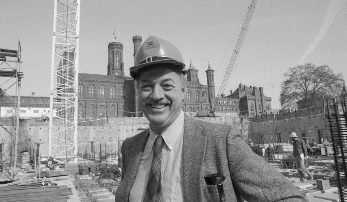 Smithsonian Leader Who Helped Launch the American Indian Museum Dies at 91