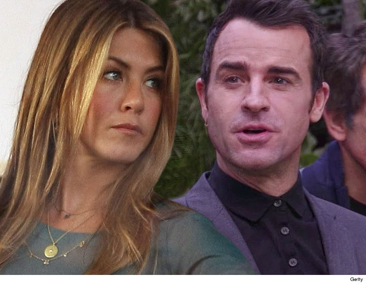 This lady Aniston, Justin Theroux, NO Evidence They have been Ever Married