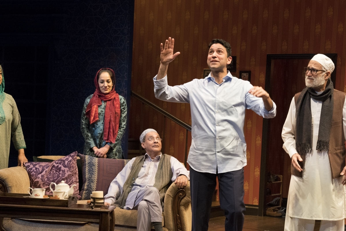 """An Ordinary Muslim"" and the Clichés of Culture Clash on Stage"