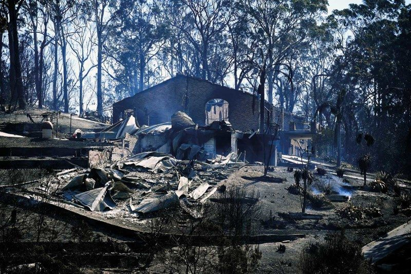 Huge Australian bushfire was caused by unseasonal freak weather