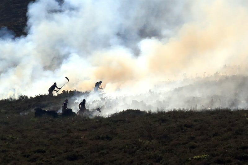 Fire crews prepare 'heavy attack' on massive moorland wildfire