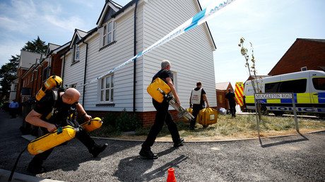 Fire and Rescue Service personnel arrive on after Amesbury poisoning was confirmed on July 6, 2018. © Henry Nicholls