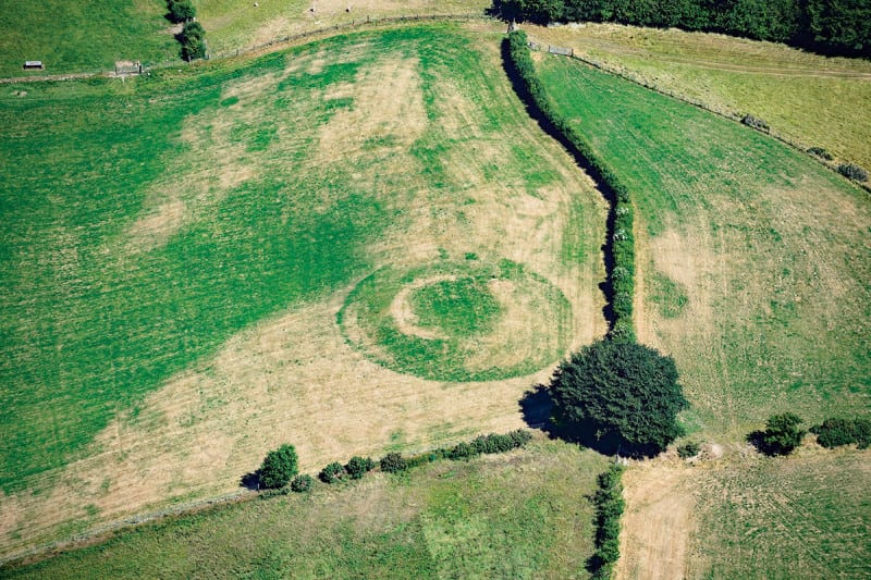 Record temperatures mean ancient forts become visible in fields