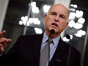 Jerry Brown Signs Soda Tax Ban (Yay!) So That California Cities Can Tax Other Things (Boo)