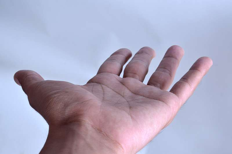 A picture of a hand