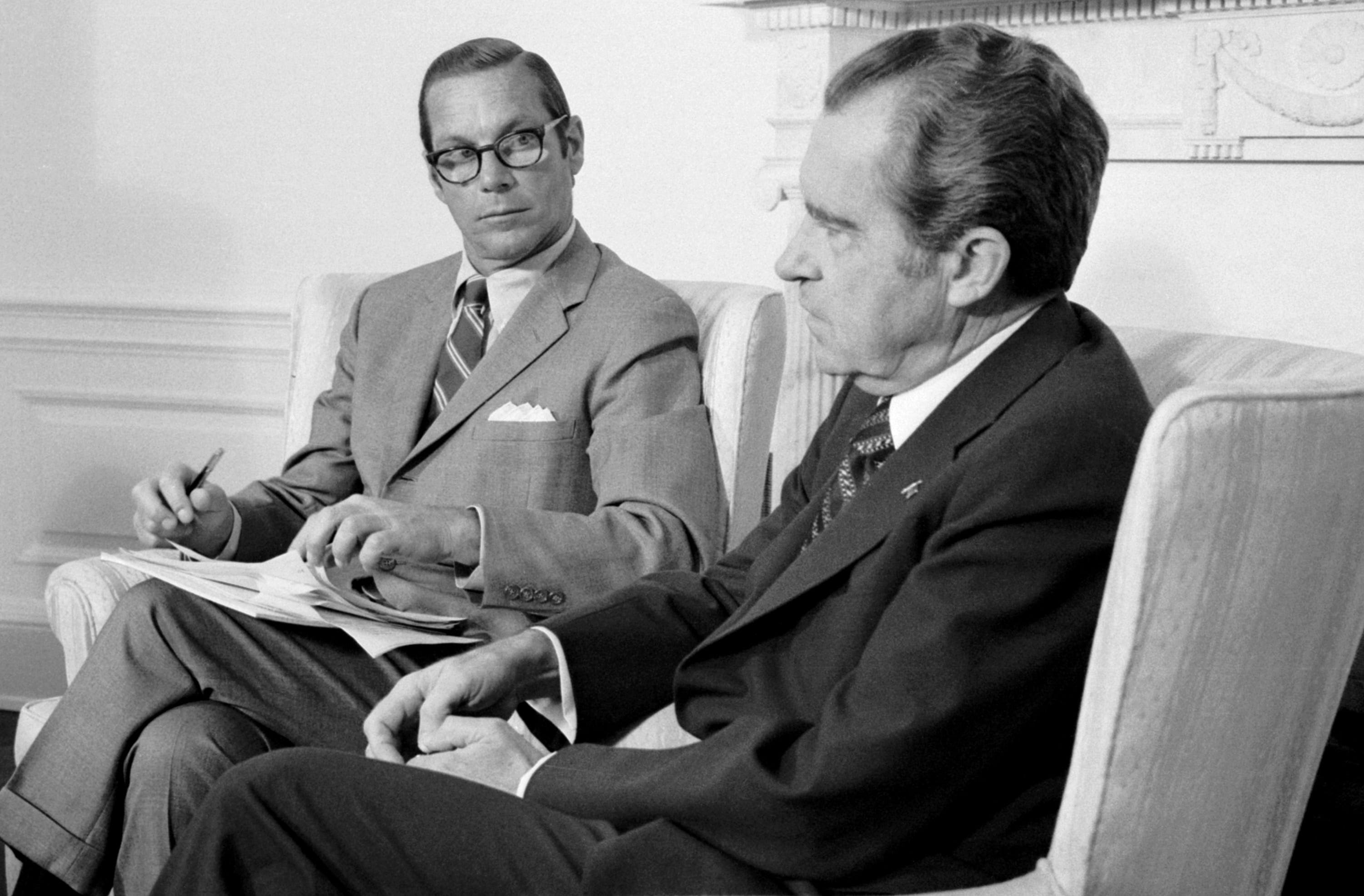 (Original Caption) Federal Energy Chief William Simon meets with President Nixon at the White House here. Upon emerging from the meeting, Simon announced an emergency gasoline allocation to the 20 states hardest hit by the fuel crisis to help eliminate long lines at service stations.