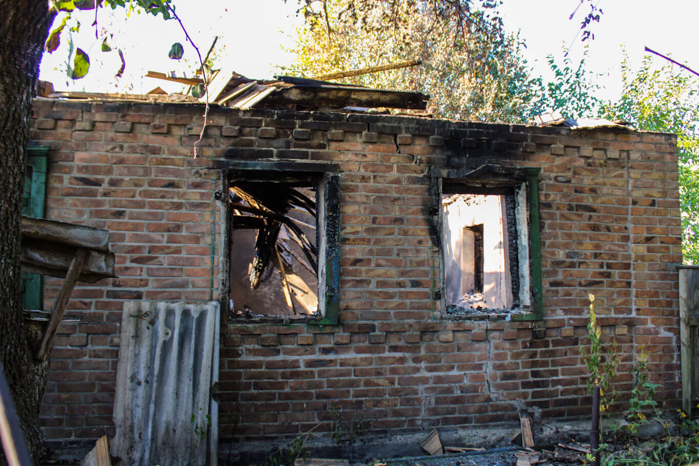 Donbass War Diary burned home