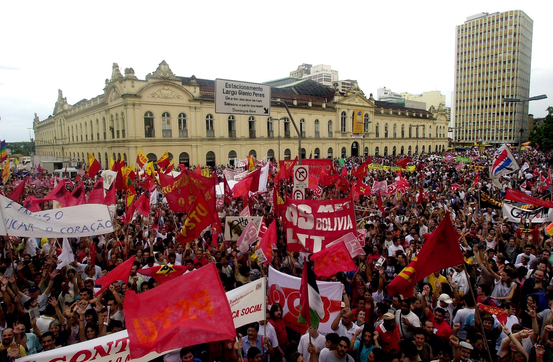 Some 30,000 people gather in Porto Alegre, Brazil, Thursday, Jan. 31, 2002 for a march to officially inaugurate the five-day World Social Forum of some 40,000 participants.(AP Photo/Douglas Engle)